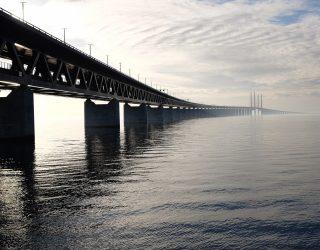Laten we het eens over die brug hebben