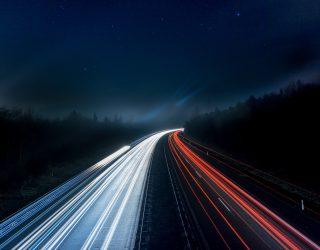 Autonome vrachtwagens? Niet zo snel, zegt Daimler…