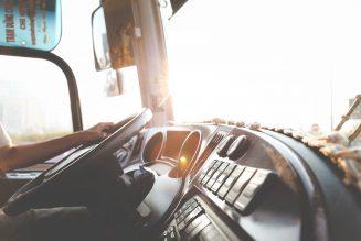 4 (oneerlijke) stereotypen over vrachtwagenchauffeurs waar we zonder kunnen