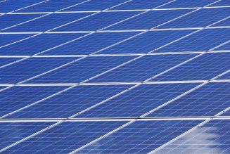 Hebben zonnepanelen een plaats in het vrachtvervoer?