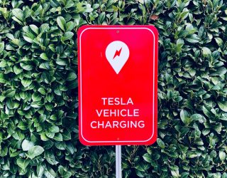 Daimler vs Tesla. Weer…