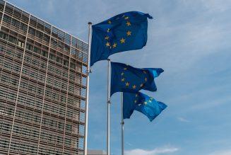 Brussel moet meer doen om de productie van groene vrachtwagens te stimuleren