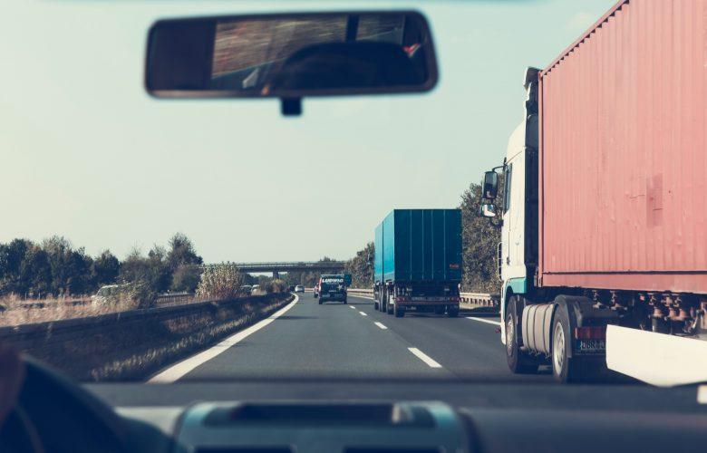 Vrachtwagenchauffeurs negeren rij- en rusttijdenwet