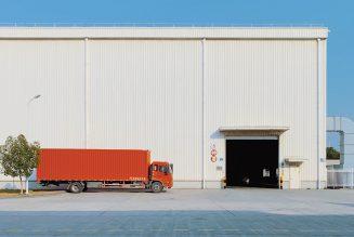 Regering kondigt uitstel van vrachtwagenheffing aan